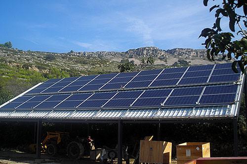 ejemplo de energía solar para regadío a presión